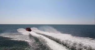 Velocidad y mar almacen de metraje de vídeo