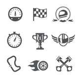 Velocímetro fijado iconos de la raza, casco y taza, final que gana, bandera y competencia de la velocidad, vector Imágenes de archivo libres de regalías