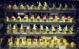 Velours assorti de rouge de Rasberry de chocolat de déserts de gâteaux et de bonbons photos libres de droits