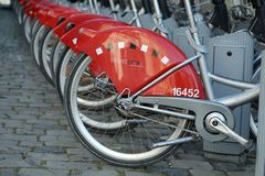 Velov自助自行车在利昂法国 免版税库存照片