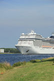 Velsen, Нидерланды, 7-ое июля 2014: MSC Magnifica Стоковые Изображения