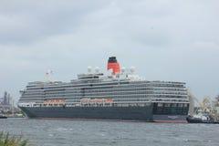Velsen, los Países Bajos - 7 de junio de 2017: Reina Victoria, Cunard Imagen de archivo libre de regalías