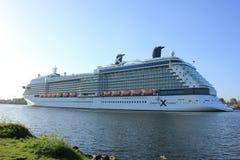 Velsen, los Países Bajos - 16 de mayo de 2015: Silueta de la celebridad Imagen de archivo