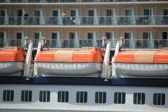 Velsen Nederländerna - Juni 9th 2017: Kändisförmörkelse - kändiskryssningar Arkivfoto