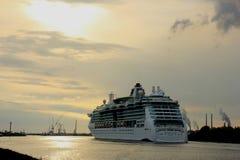 Velsen, Pays-Bas, le 1er mai 2017 : Sérénade des Caraïbes royale des mers Photo stock