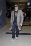 Ven a Actor Benicio Del Torro en LAX Imagen de archivo libre de regalías