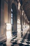 Venaria Turin - Itália dezembro de 2011 a galeria ou a Diana grande magnífica de Royal Palace de Venaria Herança do UNESCO foto de stock