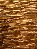 Venas brillantes del oro en el oro mate Fotografía de archivo libre de regalías