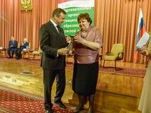 Vencedores da competição para o melhor empregado da legislatura na região de Kaluga de Rússia em 2016 Foto de Stock Royalty Free