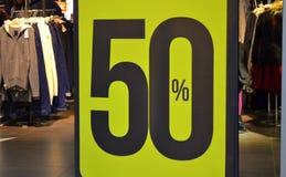 Venda da loja de cinqüênta por cento Fotografia de Stock