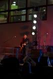 Venda de azules de Treves + rayo @ Valbondione vivo de la guitarra imágenes de archivo libres de regalías
