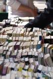 Venda de livro usada imagens de stock