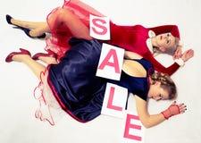 Venda do Natal das mulheres Foto de Stock
