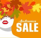 VENDA do outono bandeira Menina da forma Folhas coloridas Estilo corajoso, mínimo Pop art OpArt, espaço negativo positivo e Fotos de Stock Royalty Free