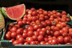 Venda dos tomates e das melancias Fotografia de Stock Royalty Free