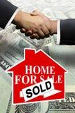 Venda Home dos bens imobiliários fotografia de stock royalty free