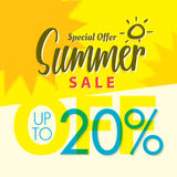 Venda V ajustado do verão projeto amarelo do título de 2 20 por cento para o banne Fotografia de Stock Royalty Free