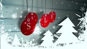A venda vermelha etiqueta a suspensão contra a madeira com as decorações festivas ilustração royalty free