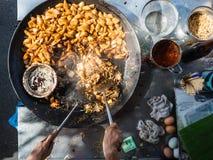 Vendedor ambulante de calle Cooking Noodles Fotografía de archivo libre de regalías
