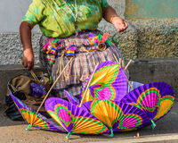 Vendedor ambulante de papel do parasol, Guatemala Fotos de Stock