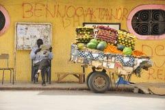Vendedor ambulante de Senegal Foto de archivo libre de regalías