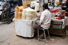 Vendedor ambulante indio Imágenes de archivo libres de regalías