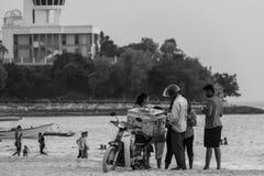 Vendedor ambulante móvil del helado Fotografía de archivo