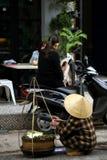 Vendedor ambulante vietnamita Fotos de archivo libres de regalías