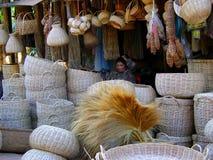 Vendedor asiático da cesta da palha Foto de Stock Royalty Free