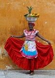 Vendedor da fruta de Palenquera Imagens de Stock Royalty Free