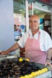 Vendedor das ostras em Istambul Fotografia de Stock