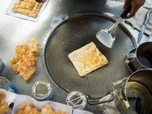 Vendedor de alimento friável tailandês da rua do roti fotografia de stock