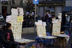 Vendedor de bilhetes da loteria do Natal, Madri, Espanha Fotografia de Stock