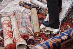 Vendedor de la alfombra Fotos de archivo
