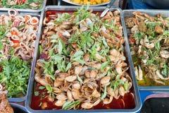 Vendedor de la comida en Tailandia fotos de archivo
