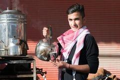Vendedor do chá em Iraque Imagens de Stock