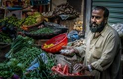 Vendedor do vegetal da rua Fotos de Stock Royalty Free
