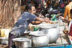 Vendedor indio del alimento imagenes de archivo
