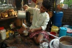 Vendedor joven del té Foto de archivo libre de regalías