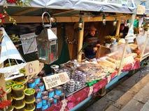 Vendedores de los pescados Imagen de archivo libre de regalías