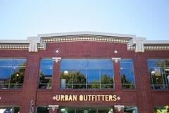 Vendedores de ropa confeccionada para caballero urbanos Portland Oregon Fotografía de archivo