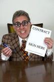 Vendeur drôle de voiture d'occasion ou banquier courbé, avocat Photo libre de droits