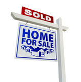 Vendido para casa para o sinal dos bens imobiliários da venda no branco Fotografia de Stock