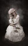 Vendimia de la madre y del hijo Foto de archivo libre de regalías