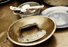 Vendimia que cocina y que cuece al horno Fotos de archivo