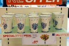 Vendita dei regali all'aeroporto Amsterdam Schiphol, Paesi Bassi Fotografia Stock