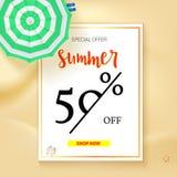 Vendita del banner pubblicitario, progettazione d'annata del testo Sconti di vacanze estive, fondo di vendita della spiaggia sabb Fotografia Stock
