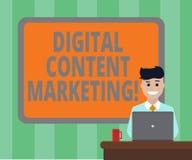 Vendita del contenuto digitale del testo della scrittura Il contenuto di distribuzione di significato di concetto ad uno spazio i fotografia stock libera da diritti