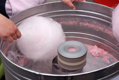 Vendita della caramella di cotone Fotografie Stock
