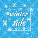 Vendita di inverno Illustrazione di vettore Fondo di inverno di colore blu con i fiocchi di neve e le luci per la promozione stag Immagini Stock